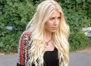 {I&K Clip in Hair Extensions}