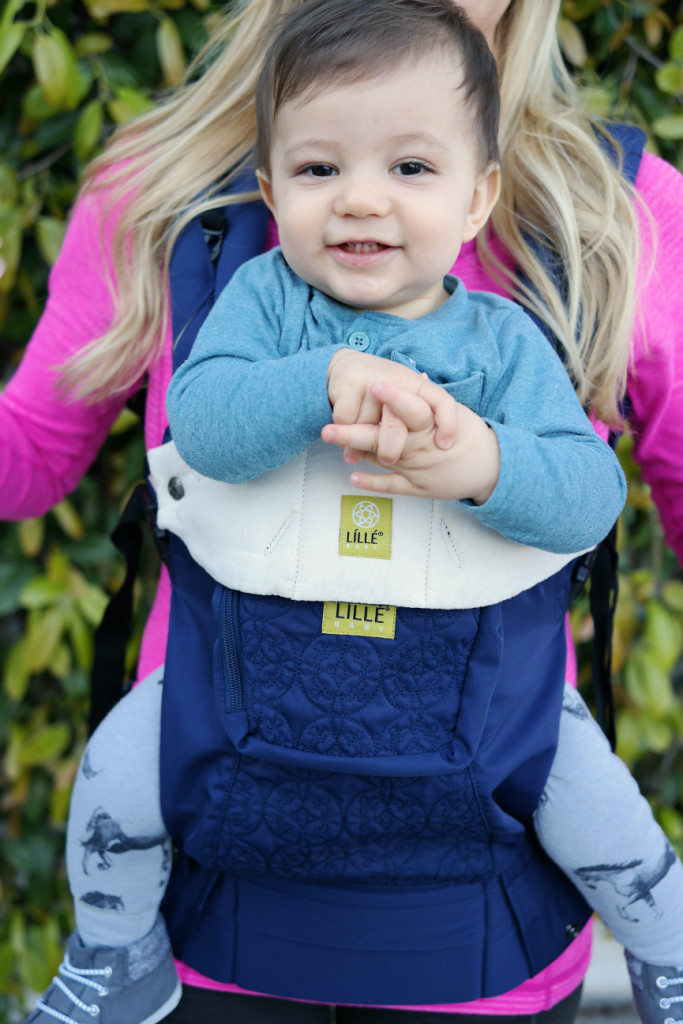 lillebaby carrier, lille baby, lille baby carrier, lillebaby review, baby wearing, best baby carrier, lillebaby embossed, lillebaby complete, toddler wearing, front facing baby wearing, 6 position baby wearing
