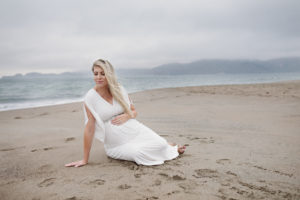 Maternity photo shoot, beach family photo shoot